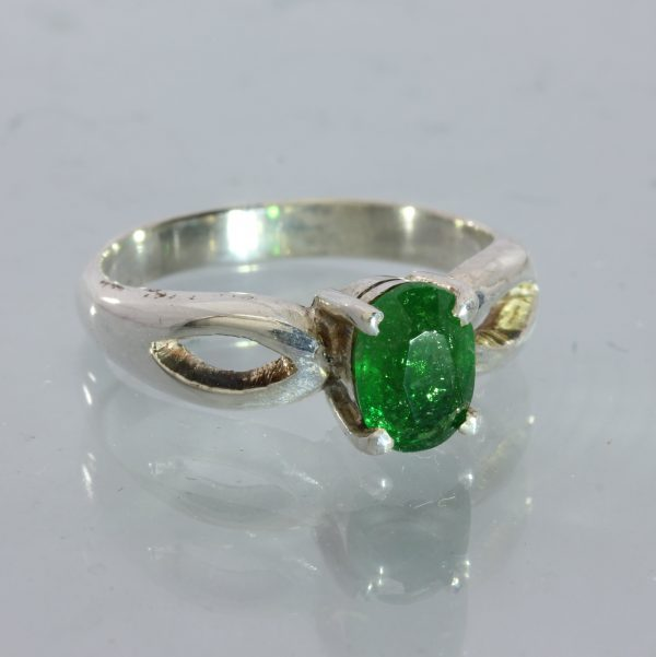 Chrome Green Tourmaline Faceted Oval Handcraft 925 Silver Unisex Ring size 6.75