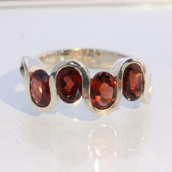 Red Orange Almandine Garnet Ovals 925 Silver Ring size 10 Wavy Unisex Design 123