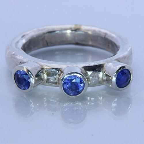 Natural Blue Sapphire Handmade Sterling Silver Gents Frog Eye Style Ring size 9