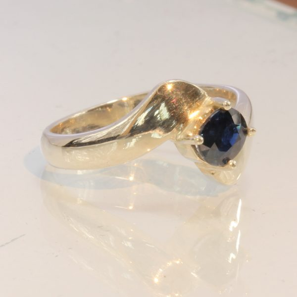 African Blue Sapphire Handmade Sterling Silver Ladies Solitaire Ring size 6.5