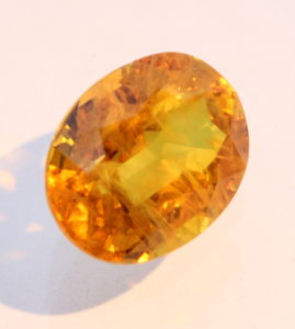 Orange Yellow Sapphire Faceted Oval Be Heated Natural Gemstone 6.49 carat