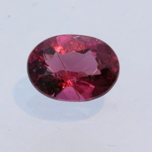Rubellite Pink Purple Tourmaline Faceted 8x6 Oval Brazil Gemstone 1.10 carat
