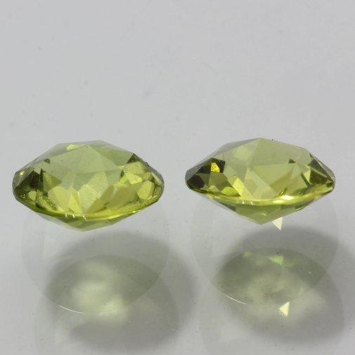 Pair Yellow Green Peridot Well Faceted Round Untreated VS Gem 2.63 carat total