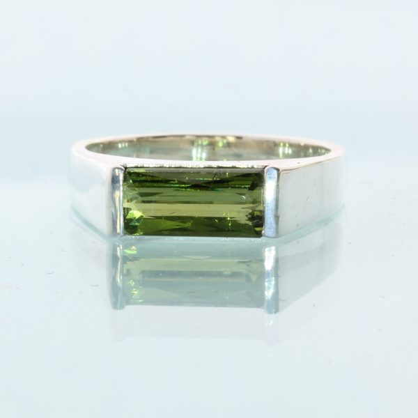 Olive Green Tourmaline Solitaire Handtooled 925 Silver Unisex Ring size 5.25
