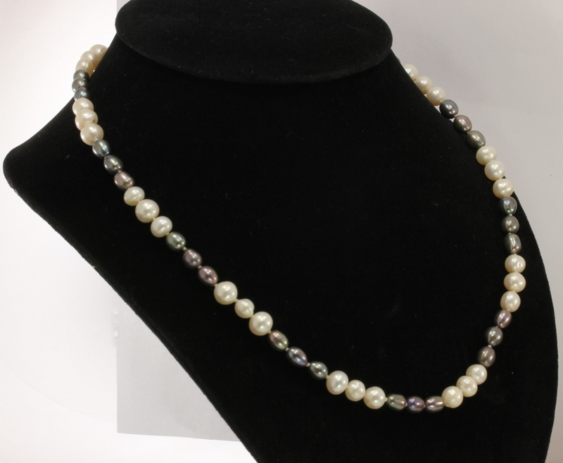Pearl Necklace 20 Inch Black White Repeat 3 x 3 Round Knotted Silk Silver Hook