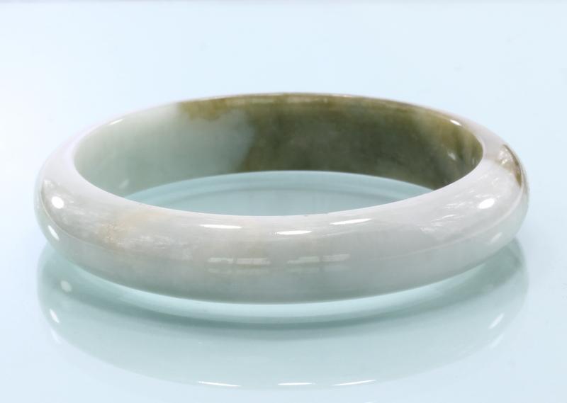 52.7 mm Burma Green White Jadeite Untreated Stone Bangle Bracelet 6.5 inch