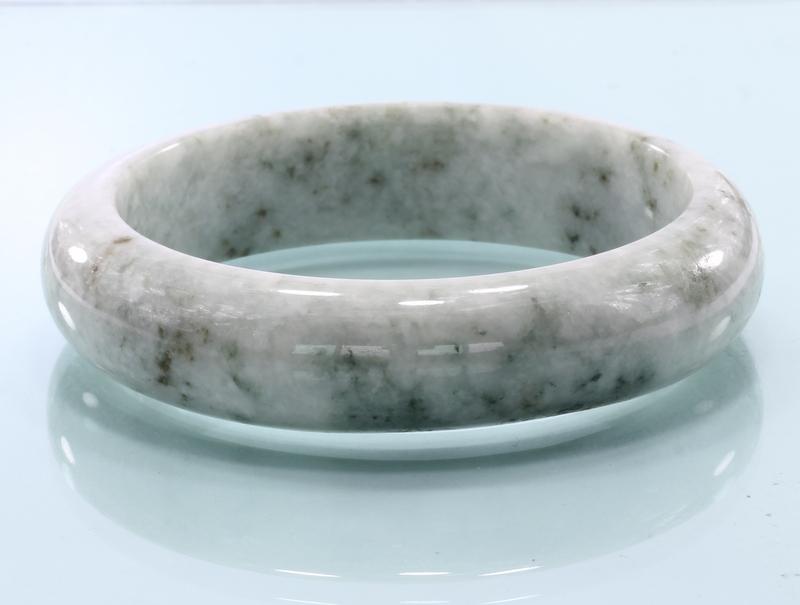 58.7 mm Burma Greenish White Black Mixed Jadeite Stone Bangle Bracelet 7.3 inch