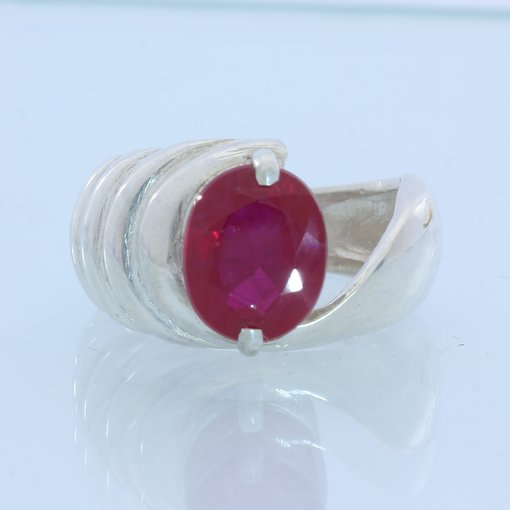Pigeon Blood Lab Created Ruby Handmade Ladies Sterling 925 Silver Ring size 6.25