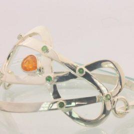 Celtic Knot 61 mm Bangle Bracelet Fanta Garnet Tsavorite Garnets Silver 7.5 inch