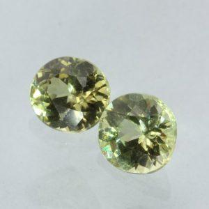 Pair Mali Light Yellowish Green Grossular Garnet Round Gemstone 1.17 carat