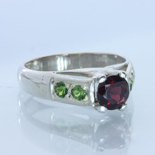 Red Garnet Green Chrome Diopside Handmade Sterling Silver Ladies Ring size 7.5