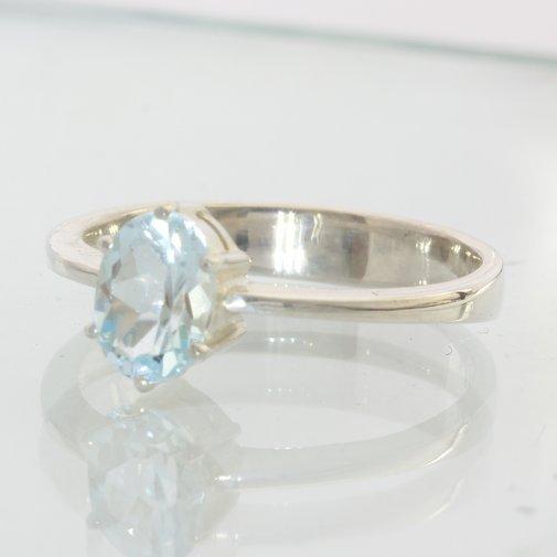 Sparkling Powder Blue Topaz Handmade 925 Silver Solitaire Ladies Ring size 8