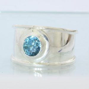 Sparkling Blue Zircon Faceted Handmade Sterling Silver Ladies Ring size 11.25