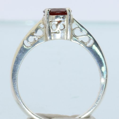 Pyrope Almandine Garnet Faceted Handmade Sterling Silver Ladies Ring size 6.5