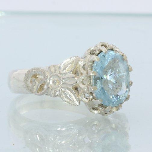 Sky Blue Aquamarine Faceted Oval Handmade Sterling Silver Ladies Ring size 7.25