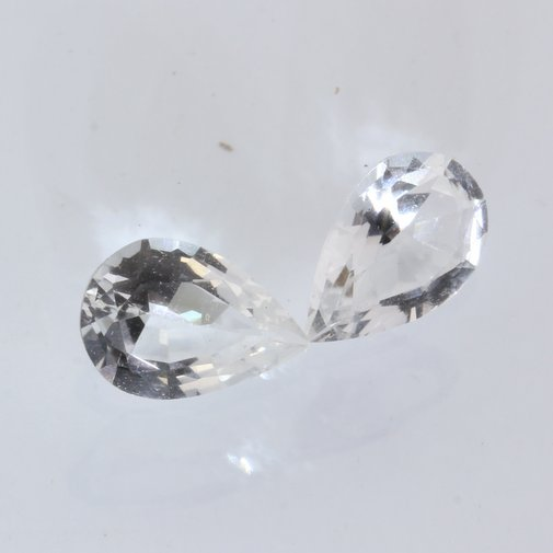 Pair White Topaz Faceted 8.7 x 5.8 mm Pear Colorless Gemstone Total 2.51 carat
