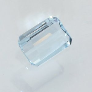 Aquamarine Light Blue Beryl 7.4 x 5 mm Rectangle Octagon Heat Only Gem .64 carat