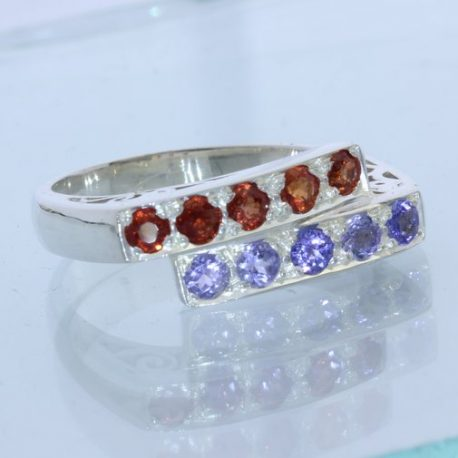 Blue Tanzanite Red Sapphire Handcraft Double Channel Set Ladies Ring size 9