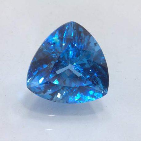 Lab Created Blue Spinel Blue Zircon Simulant 15.5 mm Trillion VVS 14.93 carat