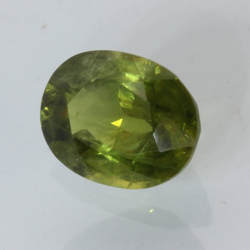 Yellow Green Sapphire Faceted 9.4x7.3 Oval SI2 Clarity Thailand Gem 2.98 carat