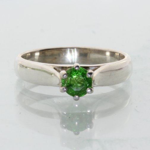 Tsavorite Green Garnet Handcrafted Sterling Engagement Solitaire Ring size 5.75