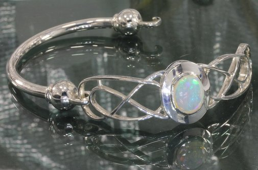 48.8 mm Welo Opal Celtic Knot Handmade 925 Silver Hinged Bangle Bracelet 6 inch
