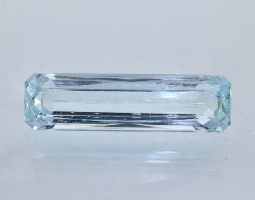 Aquamarine Beryl Natural Unheated 24 mm VVS Long Rectangle Gemstone 7.26 carat