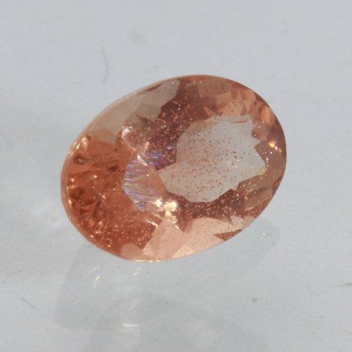 Sunstone Oregon Copper Bearing Precision Faceted Oval Cut 7x6 mm Gem 1.52 carat