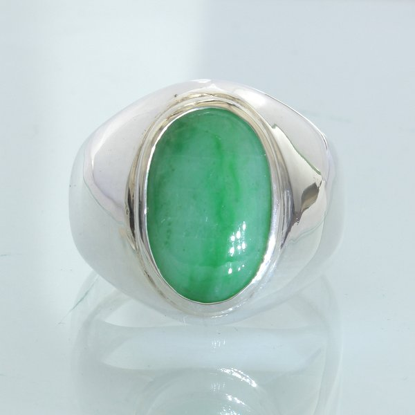 Jadeite Jade 15x10mm Green Handmade Sterling Silver Solitaire Gent Ring size 10