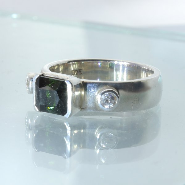 Green Tourmaline White Zircon Handmade Sterling Silver Unisex Ring size 9.25