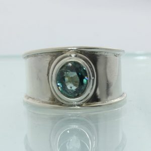 Zircon Blue Cambodia Handmade Sterling Silver Solitaire Gents Ring size 7.25