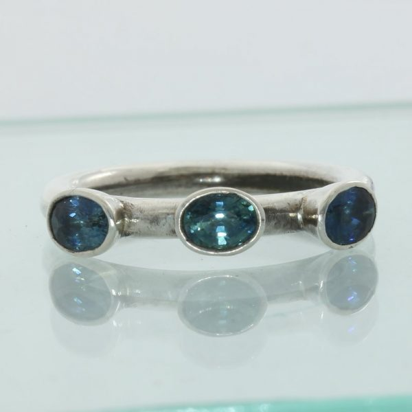 Sparkling Blue Zircons Faceted Oval Handmade Sterling Silver Ladies Ring size 8