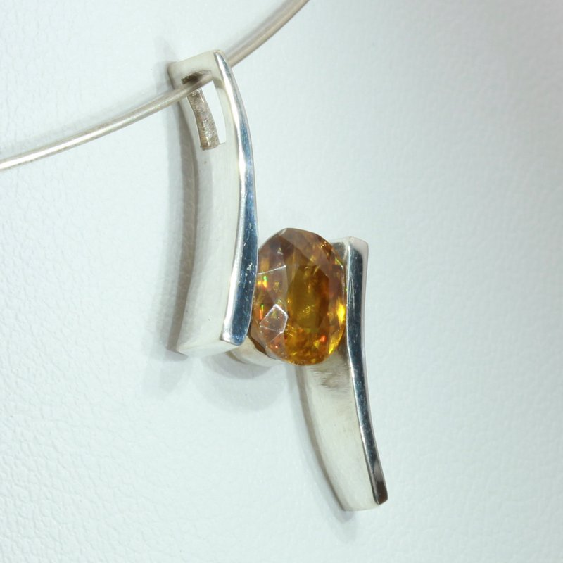 Sphene Golden Yellow Titanite Handmade 925 Silver Unisex Flair Pendant Style 132