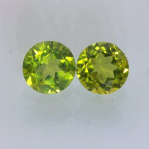 Pair Yellow Green Peridot Faceted Round 8 mm Pakistan VS Clarity Gems 4.17 tcw