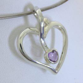 Pendant Purple Amethyst Gemstone Handmade 925 Silver Ladies February Sweetheart