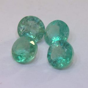 One Green Emerald Natural Beryl 5 mm Faceted Diamond Cut Round Accent.52 carat