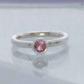 Ring Burmese Pink Spinel Round Silver size 5.5 Solitaire Stackable Design 705