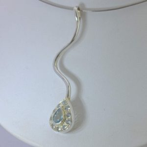 Pendant Aquamarine Goshenite Beryl Handcrafted 925 Long Wavy Unisex Design 493