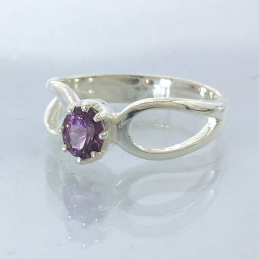 Ring Purple Spinel Round Burma Gem Silver size 8 Solitaire Stackable Design 532