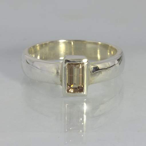 Ring Color Change Garnet Handcrafted Silver size 7 Stackable Unisex Design 530