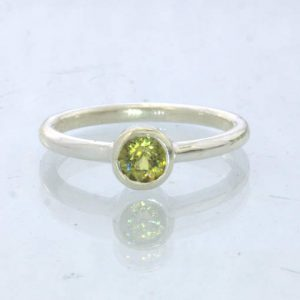 Ring Mali Garnet Yellow Grandite Silver size 7 Solitaire Stackable Design 705