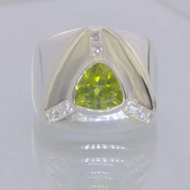 Ring Green Peridot White Sapphires Handmade 925 Silver Unisex size 11 Design 386