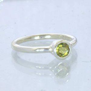 Ring Mali Garnet Yellow Grandite Silver size 7 Solitaire Stackable Design 705