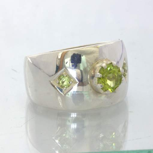 Green Peridot Peridot Accents Handmade 925 Silver Wide Ring size 8.25 Design 433