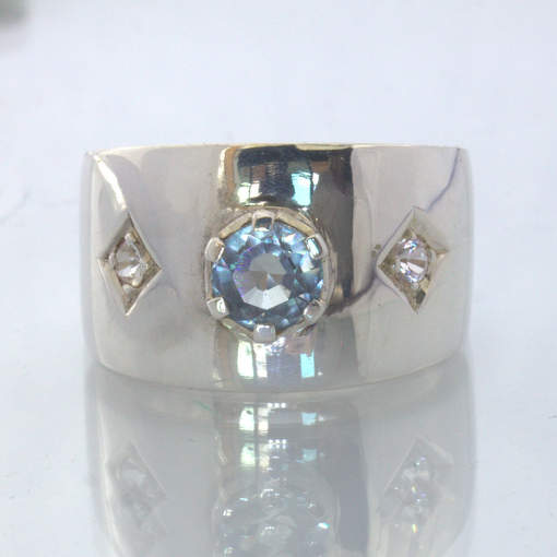Color Change Pink Blue Sapphire White Sapphire 925 Silver Ring size 9 Design 433