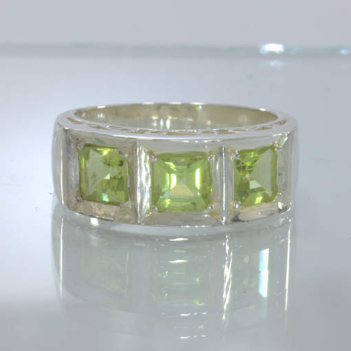 Peridot Handmade Silver Ring size 9.25 Three Square Ajoure Filigree Design 428