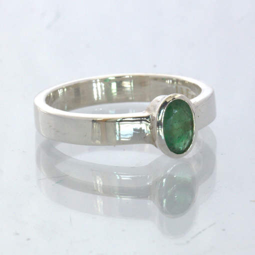 Green Emerald Oval Handmade 925 Silver Stackable Solitaire Ring 5.75 Design 530