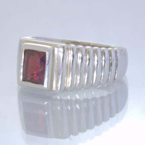 Red Almandine Garnet Square Gemstone 925 Silver Ring size 8.25 Stairs Design 33