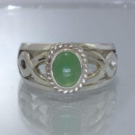 Green Australian Chrysoprase Cab 925 Silver Ring size 8.75 Filigree Design 662