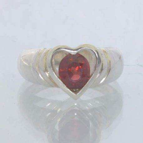 Red Pyrope Garnet Oval Gemstone Handmade 925 Ring size 8 Heart Step Design 196